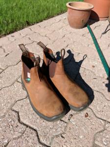 Used Steel toe Blundstones. 10 US or 9 aus