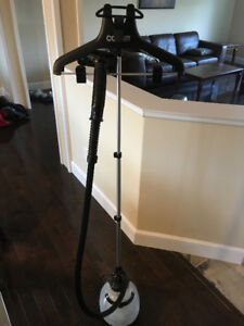 Clothes Steamer-Brand New-Works Great