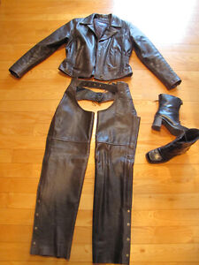 Ladies Heavy Leather Motorcycle Outfit (Jacket, Chaps, Boots)