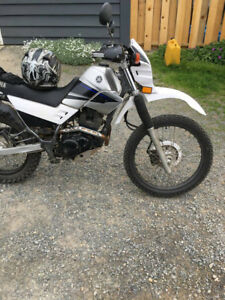 2004 Yamaha XT 225 for sale.