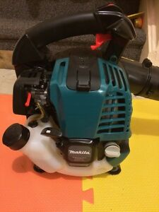 Makita leaf blower 4 stroke gas engine New