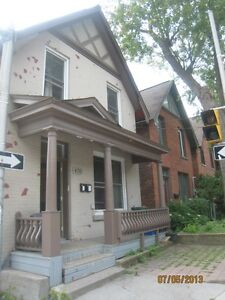 1 BEDROOM WITH PARKING, DOWNTOWN OTTAWA