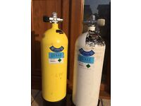 2 x diving cylinders
