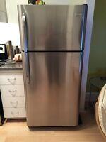 Réfrigérateur Frigidaire en stainless