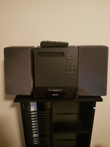 30 Pin ipod/iPhone Dock Stereo System with CD playback & Radio
