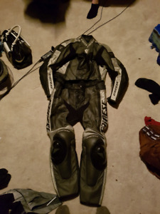 Dainese 2pc leather suit 54eu