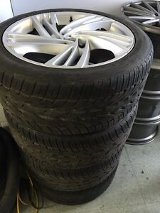 275/40 R20, 4 TOYO PROXES ST all season tires with MAGS