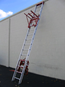 Roofing ladder (hoist)