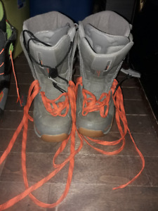 2 Pairs of Unisex Snowboard Boots