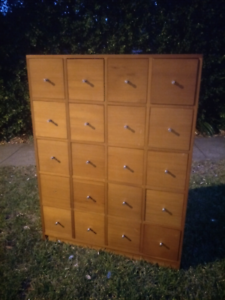 Solid Timber Dovetailed 20 Drawer Chest Organiser CD Cabinet