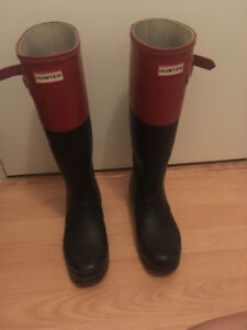 Size 9 Hunter Boots with Hunter Socks