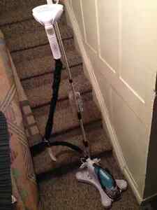 BRAND NEW PORTABLE CLOTHES STEAMER!!!!