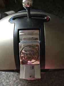 coffee maker Dolce Gusto by Krups ( Nescafe) London Ontario image 3