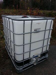 Réservoir à eau de 250 gallons