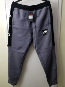 Nike sweatpants large