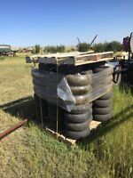 Bourgault 3320 air drill packers
