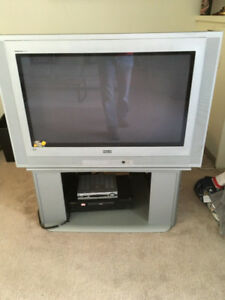 RCA 40 inch TV virtual dolby Silver MATCHING RCA STAND..