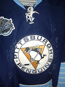 PITTSBURGH PENGUINS AUTOGRAPHED WINTER CLASSIC RBK JERSEY