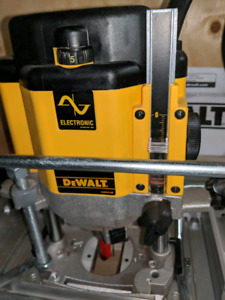 Plunge Router for serious woodworkers