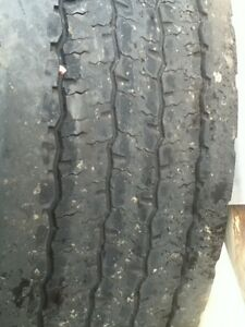 "8 22.5"" drive tires  London Ontario image 3"