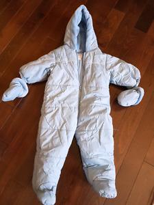Snow suit 6-12m