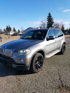 BMW X5 4.8L FOR SALE