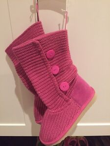Pink fake Uggs - size 13 - NEW