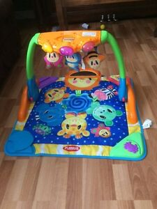 Baby bath tub and baby gym Cambridge Kitchener Area image 2