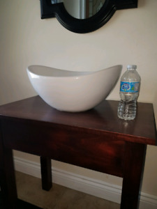 Bowl sink with stand
