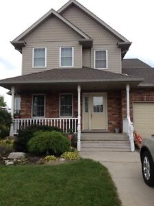 4 bedroom House for Rent  Stratford Kitchener Area image 1