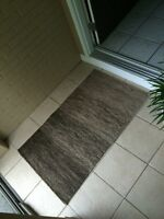 Excellent condition 4 ft long brown ombré wool rug