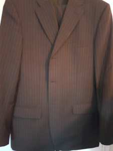 BRAND NEW VALENTINO ROMA MEN'S SUIT