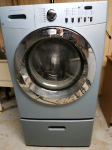 Frigidaire washer and dryer front-load