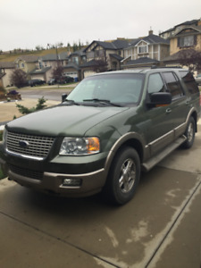 2004 ford expedition (Mint shape) AB- ACTIVE