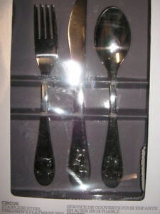 "Brand New still in Box ""Good"" Stainless Steel Flatware Set"