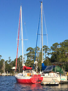 1974 Ericson 29 | Fresh Restoration | Located in Florida