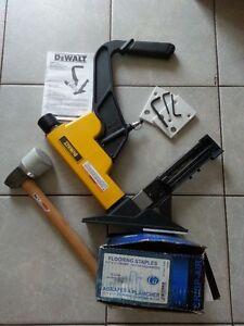 Cloueuse pneumatique Dewalt pour plancher bois franc