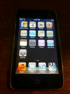 Ipod Touch 2nd Gen. 8gb/ Cracked screen