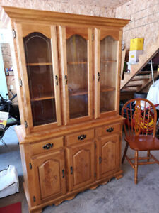 Buffet for sale and chairs