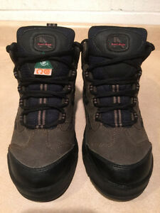 Women's Iron Age Steel Toe Work Boots Size 7 London Ontario image 4