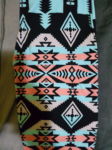 Leggings by du  north designs size 2-10