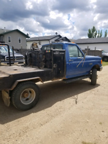1990 Ford F-350 4x4 welding rig