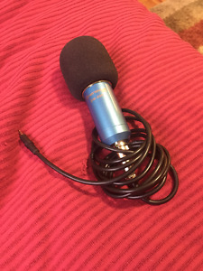 Studio Microphone for Recording - Great Condition