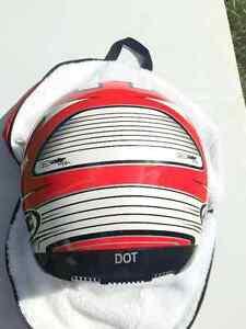 HJC Helmet - Medium Cornwall Ontario image 8