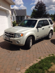 2008 Ford Escape XLT SUV, 6 cyl, 2wd Crossover