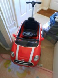 Kids mini car (Need gone)