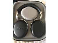 Parrot Zik 2 wireless headphones (black) with carry case