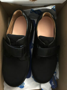 Dr. Comfort Annie Women's shoes - brand new