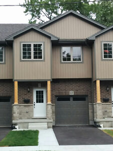 Brand new modern open concept townhouse with3 bedrooms