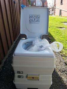 Toilette chimique portable 24L/ 24 L Chemical portable Toilet